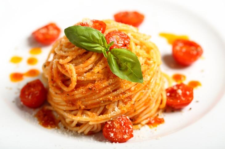 spaghetti-al-pomodoro-2.jpg