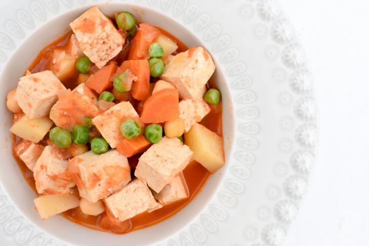 tipica jardineira de tofu