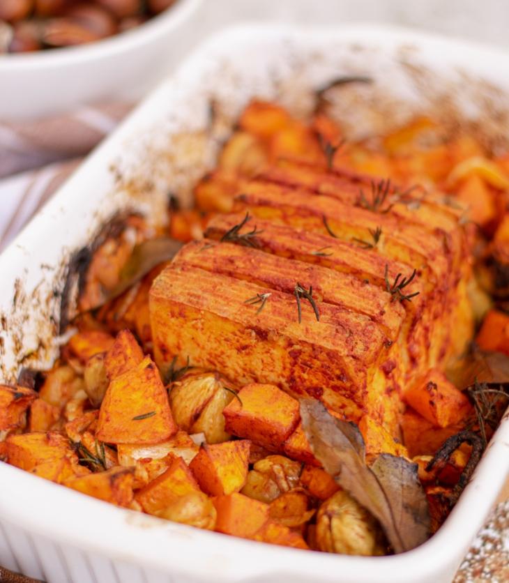 Tofu Assado com batatas e castanhas